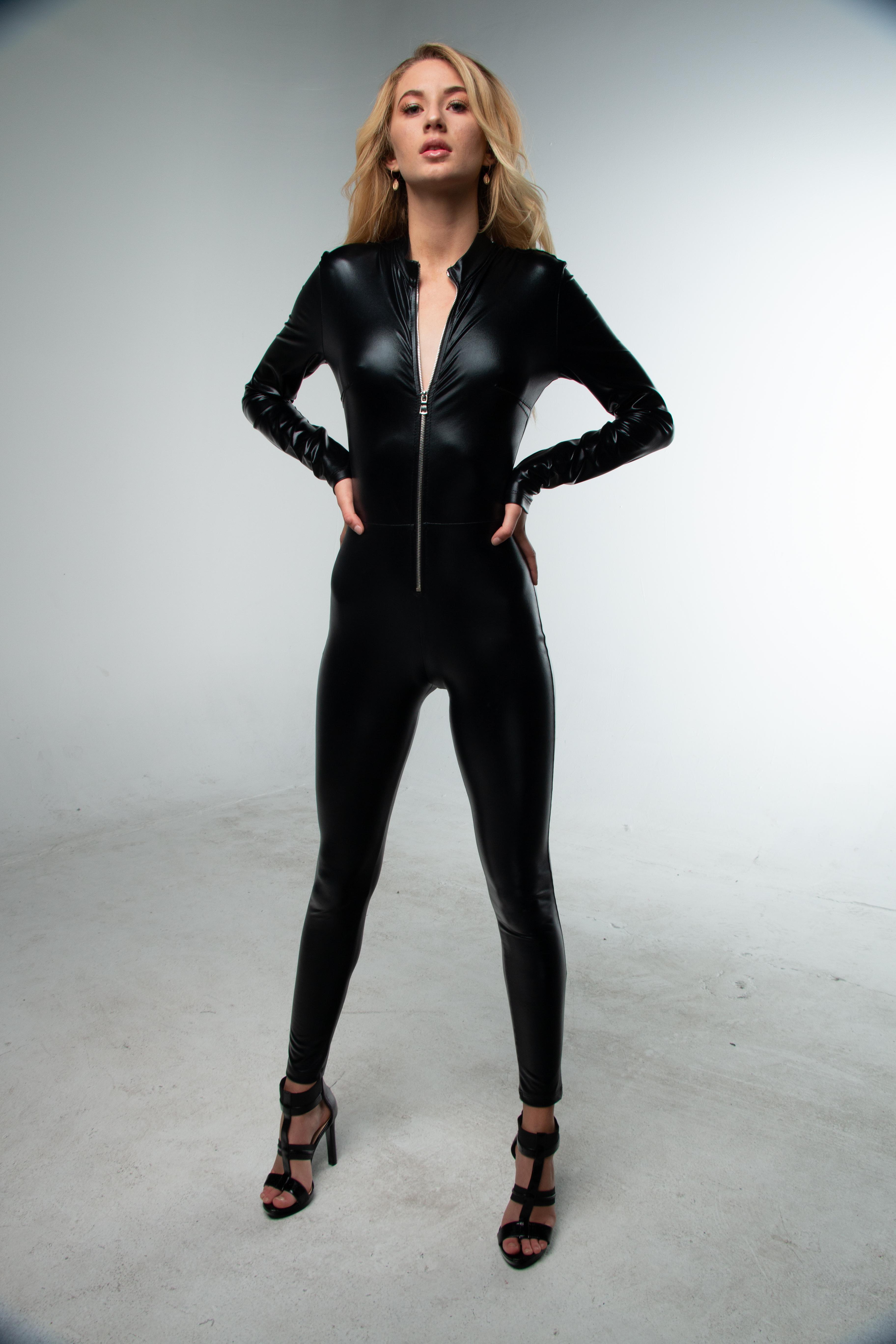suit pics Latex
